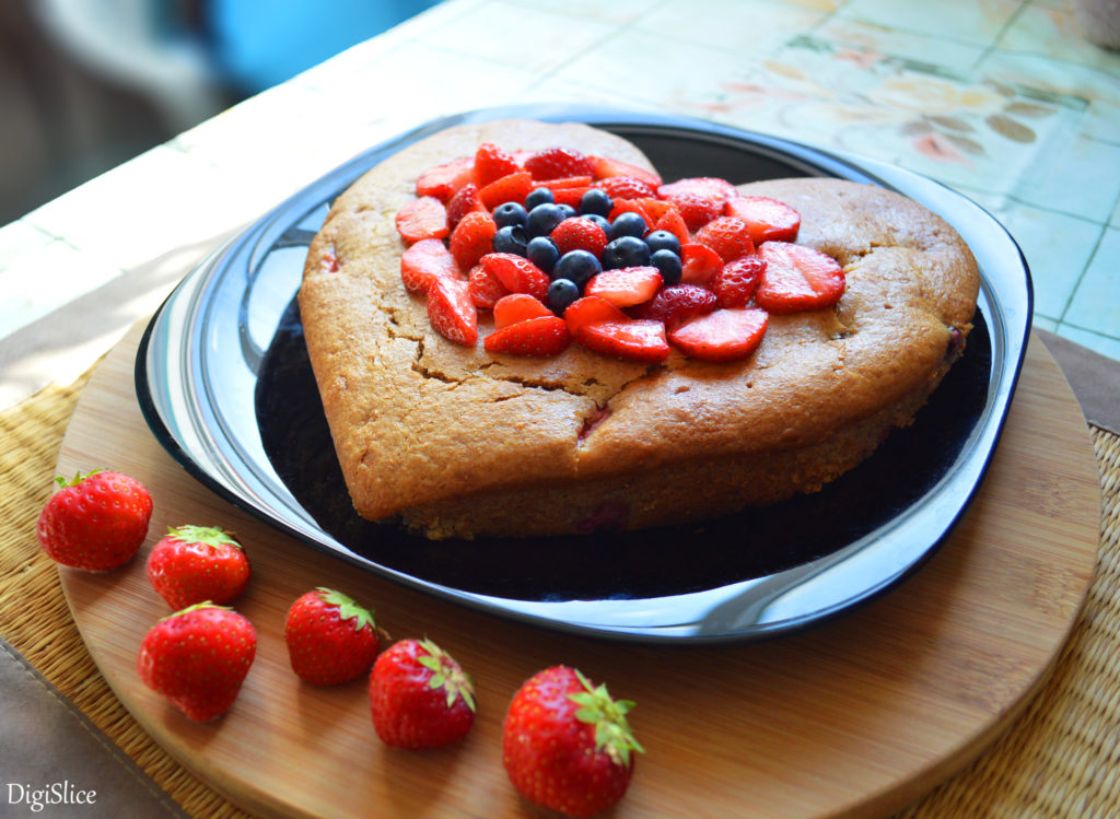 Vegan Yogurt Cake With Berries Recipe
